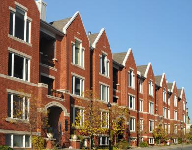 Prova lyckan med att söka bostad hos mindre, privata hyresvärdar